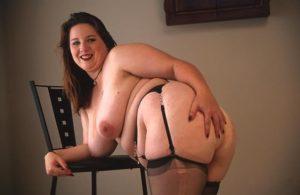Carla giovane tettona grassa